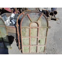 Staldvinduer B 50 cm H 92 cm 3 Stk 1000,-